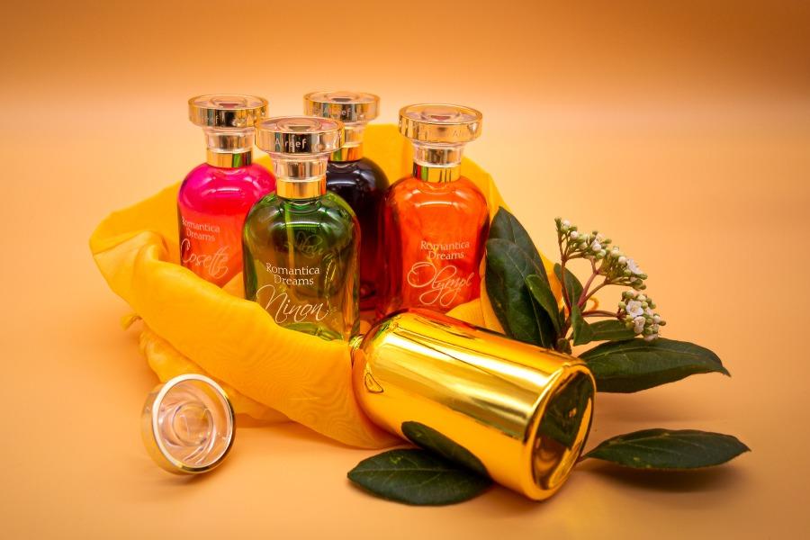 Habiller un flacon de parfum : une décoration pensée dans les moindres détails